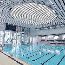 維多利亞公園游泳池內部,卓越游泳會游泳班上課時的地點